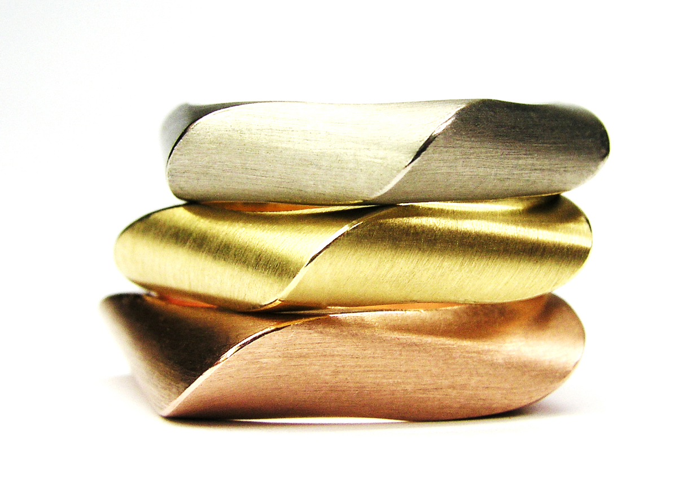ringen in palladium goud, geel goud en rosé goud