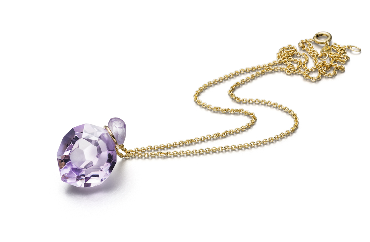 Fine necklace with amethyst pendant