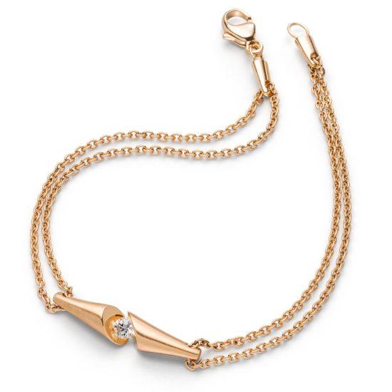 18 carat gold bracelet with brilliant cut diamond