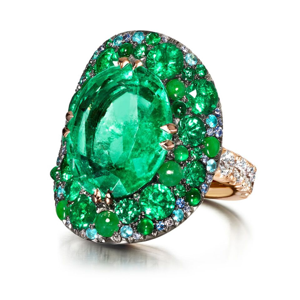 Ring with Colombian emerald €53.780