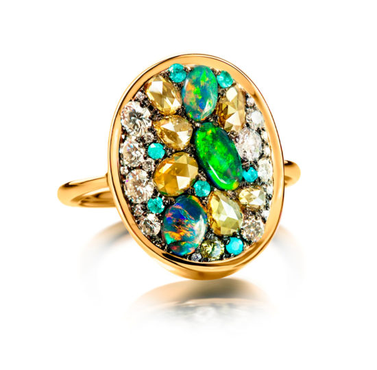 Ring with black Lightning Ridge opals, olive green diamonds, paraïba tourmalines and colorless diamonds.